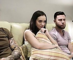 Stepsister leads on her horny stebrothers to DP her 6 min HD
