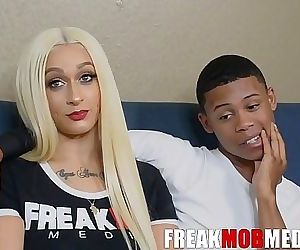 Lexxxi London and Lil D Interview with FreakMob 14 min HD+
