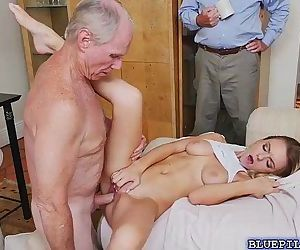 Gorgeous blonde Molly Mae hot threesome fuck