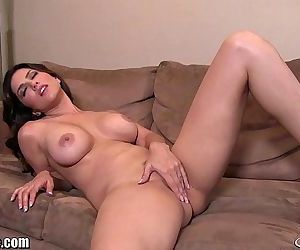 SunnyLeone Sunny Leone all alone at home fingering! - 7 min HD